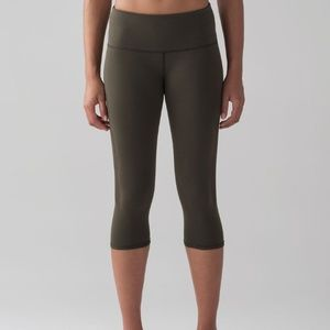 Lululemon Reveal Crop Dark Olive XS